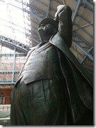 Olympic Rings at  St Pancrass and the poet, Sir John Betjeman, is amazed