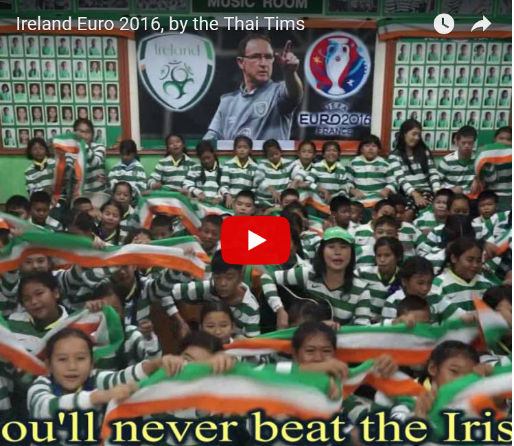 Thai school children sign Irish songs